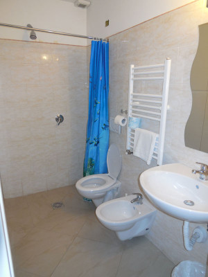 bathroom4 (3)