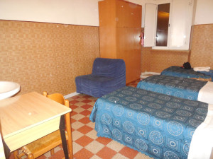 room5maleDormBX (3)