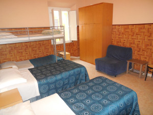 room9femaledormBX (6)